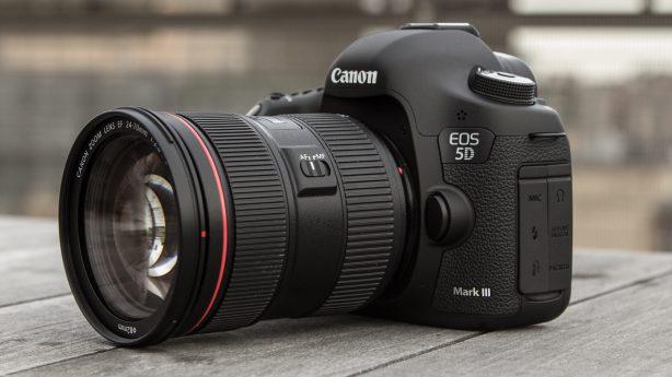 Canon lanserte i mars 2012 en ny modell i den verdenskjente EOS-serien: EOS 5D Mark III. EOS 5D Mark III bygger videre på den anerkjente EOS 5D Mark II, men…